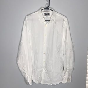 Like new men's shirt. Size XL Fitted.
